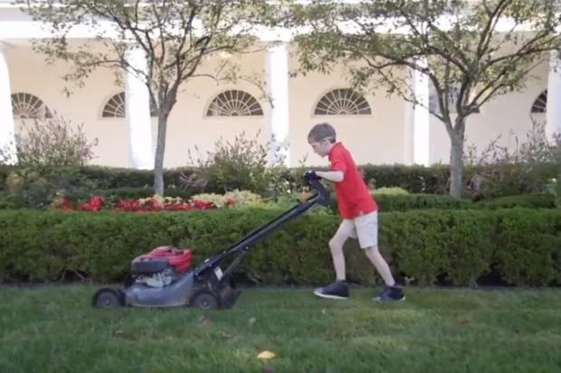 11-летний предприниматель постриг газон Дональду Трампу
