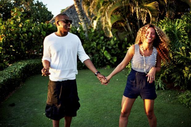 Бейонсе и Jay Z устроили романтические каникулы на яхте