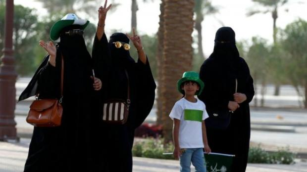 ВСаудовской Аравии женщинам разрешат управлять автомобилем