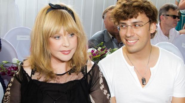 Галкин продемонстрировал милое фото дочери Лизы вшляпе Аллы Пугачёвой