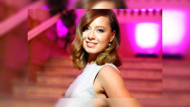 Юлия Савичева обрадовала фанатов, сообщив о обновлении музыкальной карьеры