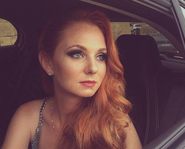 Экс-солистка tATu Лена Катина рожала в РФ из-за бабушек