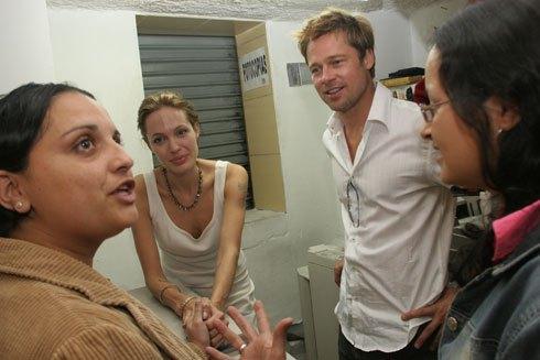 Джоли собирались использовать как приманку для преступника изУганды