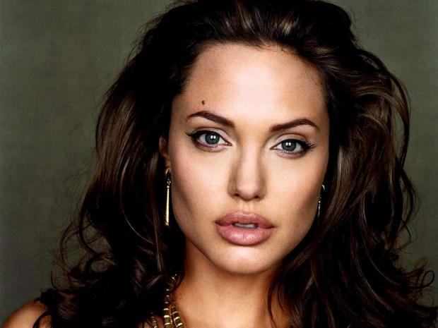 Джоли Анджелина