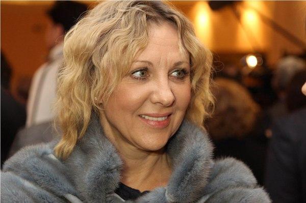 Елена Яковлева поведала  оботношениях ссыном иего супругой