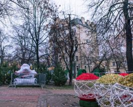 Новый год в Киеве: как проходит подготовка на Софиевской площади