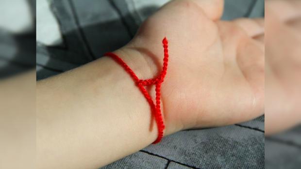 Как сделать красную нить самостоятельно