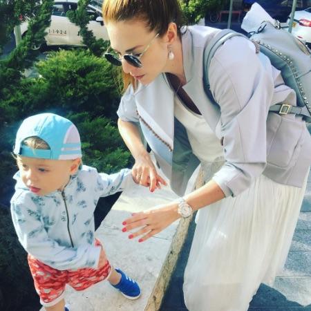 Наталья Подольская показала своего сына-непоседу в новом забавном ... 32cbbcd4723e5