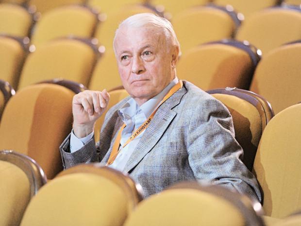 В Российской Федерации  застрелился известный телевизионный ведущий