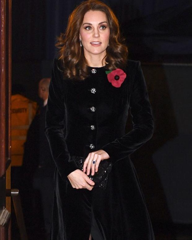 Герцогиня Кембриджская Кейт Миддлтон покорила интернет-пользователей ультракороткой прической