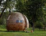 Уникальный шарообразный дом площадью 7 метров построили в Великобритании