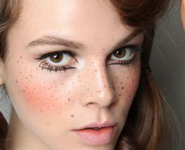Веснушки стали новым бьюти-трендом: как украсить свое лицо