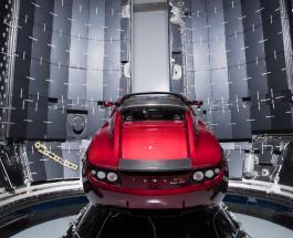 Илон Маск: изобретатель запустит в космос красный спорткар Tesla с музыкой