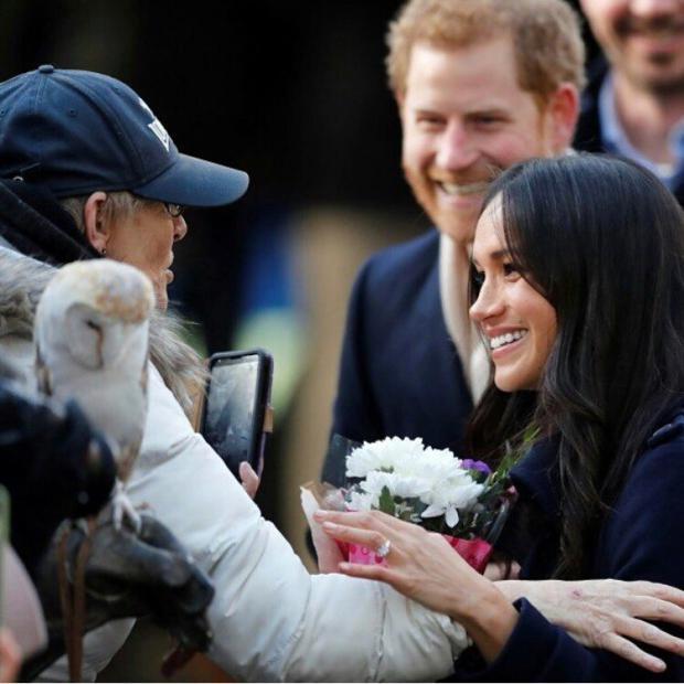 Меган Маркл показала кольцо— Помолвка принца Гарри