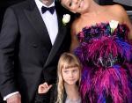 Пинк с мужем и дочерью