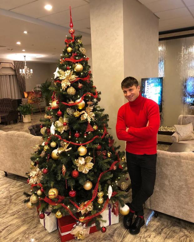 Лазарев сказал, где любит отмечать Новый год
