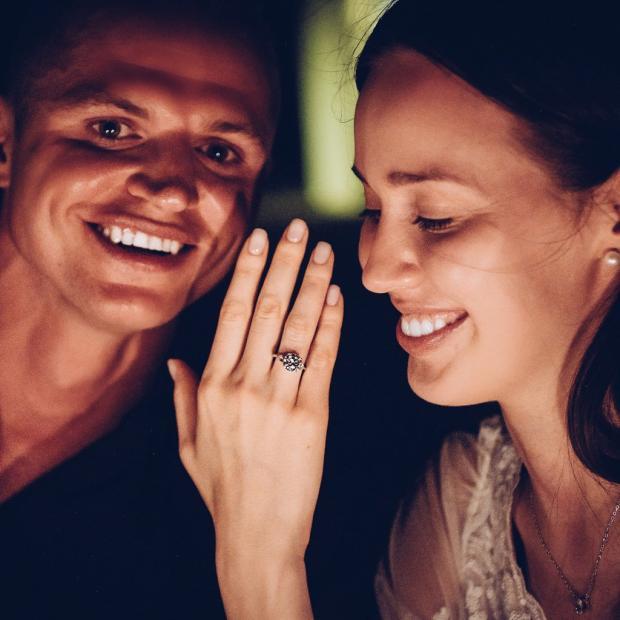 Прошлый супруг Ольги Бузовой официально женился намодели