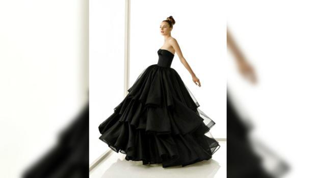 8feeb1ecd1b Топ-5 невест которые выбрали черное свадебное платье - - Шоу-биз на ...
