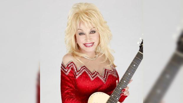 Кантри-певица Долли Партон попала в книгу рекордов Гиннесса дважды