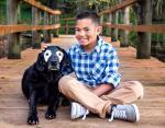 Собака помог мальчику перестать стесняться болезни