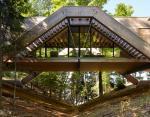 Уникальный дом-мост в одном из лесов Канады - рай для любителей наслаждаться природой