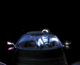 SpaceX успешно запустила Falcon Heavy: видео в открытом космосе бьет рекорды просмотров