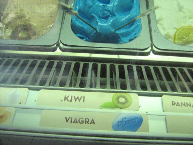 Сладкий мир мороженого: самые необычные виды известного лакомства