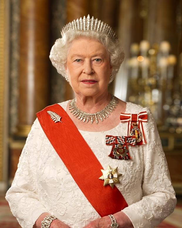 is queen elizabeth ii a democratic or autocratic leader Types of states states vary based on democratic presidential republic: queen elizabeth ii: queen elizabeth ii is the monarch of the united kingdom.