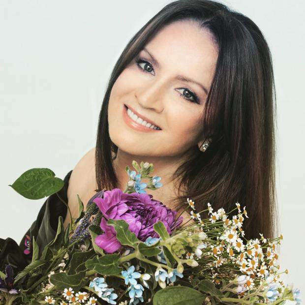 СМИ проинформировали отайной свадьбе легендарной украинской эстрадной певицы