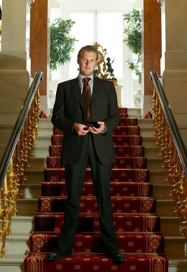 Немецкий принц Карлос Патрик Годегард покончил с собой отсидев срок за мошенничество