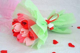 Букеты из конфет – лучший подарок к 8 марта: топ-10 замечательных идей