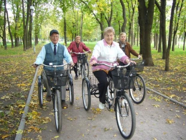 Английские ученые узнали, что езда навелосипеде помогает замедлить старение