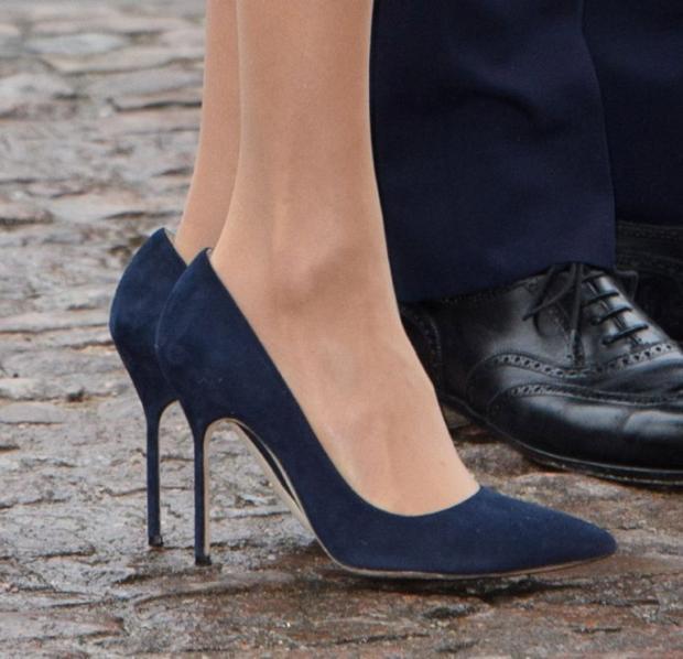 Кейт Миддлтон и Меган Маркл в одинаковых туфлях посетили Вестминстерское аббатство