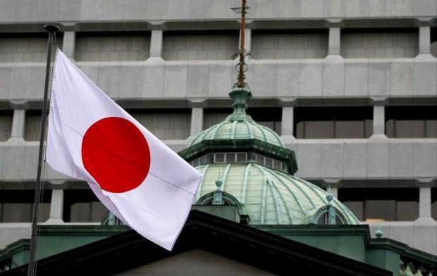 Правительство Японии на два года снизило возраст достижения совершеннолетия