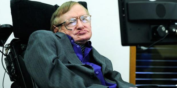 Умер Стивен Хокинг – один из величайших астрофизиков в мире