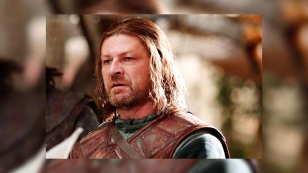 Стало известно, что шептал Нед Старк перед казнью в«Игре престолов»
