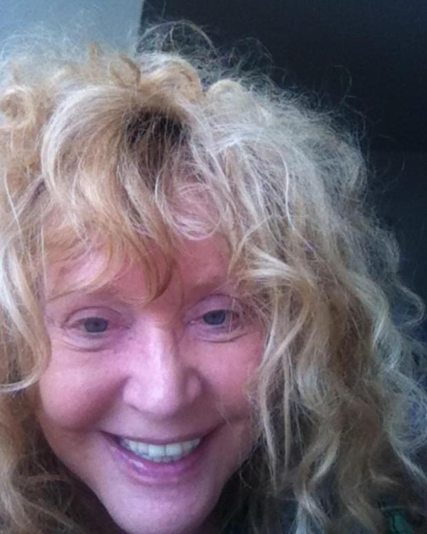 Алла Пугачева с мокрыми волосами и без макияжа: Примадонна сделала фото после бани