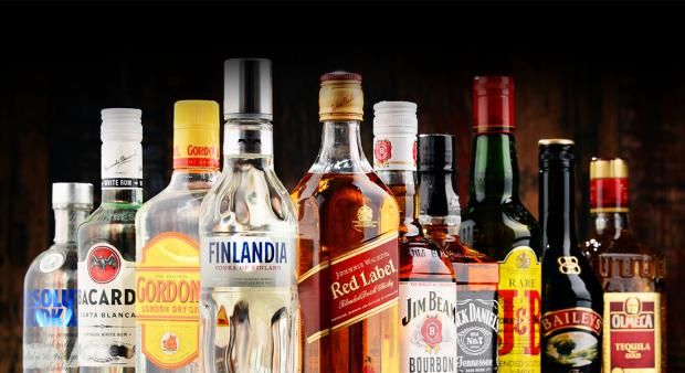 Закон о запрете употреблять алкогольные напитки до 21 года