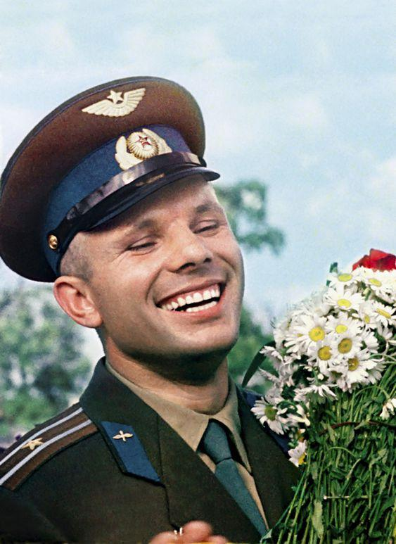 Юрий Гагарин умер 50 лет назад: карьера и личная жизнь самого известного в мире космонавта