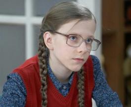 Лиза Арзамасова хорошеет с каждым днем: самая умная папина дочка поражает красотой