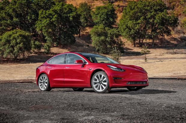 ВСША Tesla сообщила о существенном росте объемов выпуска электромобилей