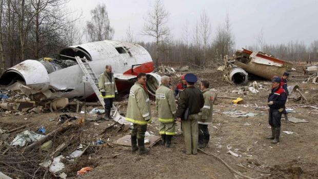ВВаршаве открыли монумент жертвам смоленской авиакатастрофы