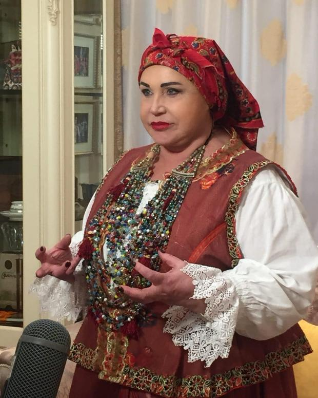 Надежда Бабкина заметно располнела: новый образ певицы озадачил поклонников