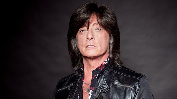 Экс-вокалист Deep Purple попал в больницу с инфарктом в Минске