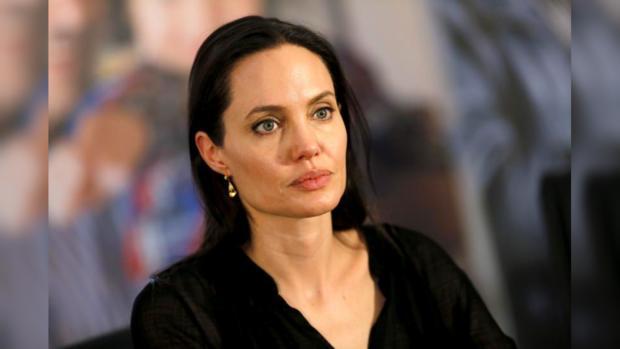СМИ проинформировали отайной госпитализации Анджелины Джоли