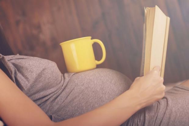 Кофе вовремя беременности отражается навесе ребенка