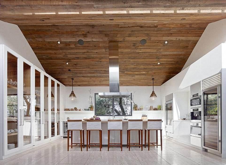 Рози Хантингтон-Уайтли купила дом вяпонском стиле за $12 млн