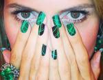 Маникюр с зеленым лаком: топ-15 идей яркого дизайна ногтей с весенними мотивами