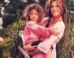 Модель Стефани Сеймур с дочкой