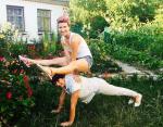 Фитнес-тренер Анита Луценко с мамой